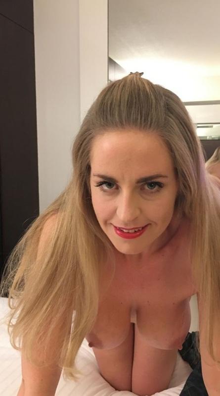 DorienBlondje (44) uit Antwerpen