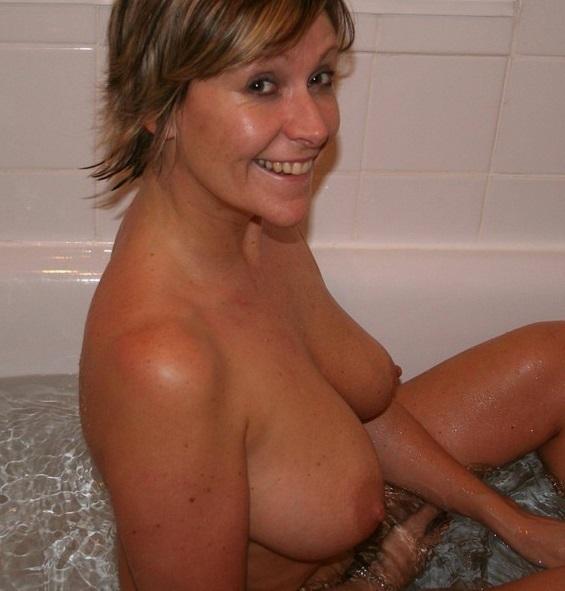 Iristhegirl (55) uit Noord-Holland